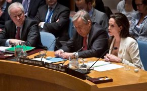 Angelina Jolie rips world powers on Syria's refugee crisis