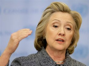Clinton to start 2016 bid with focus on voter interaction