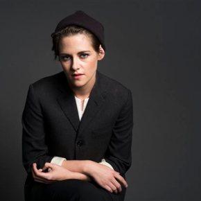 With a wink to 'Twilight,' Kristen Stewart speedsforward