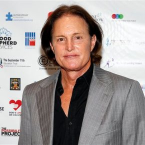 Bruce Jenner comes out as transgender, says 'I am awoman'