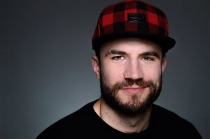 In this Monday, Nov. 23, 2014 photo, country singer Sam Hunt poses for a portrait in New York. (Photo by Scott Gries/Invision/AP)