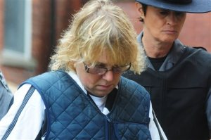 Joyce Mitchell heads into Plattsburgh City Court for her hearing, Monday, June 15, 2015, in Plattsburgh, N.Y. Mitchell is charged with helping convicted murderers Richard Matt and David Sweat escape from Clinton Correctional Facility. (Rob Fountain/Press-Republican via AP)