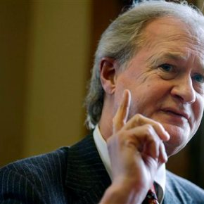 Chafee to unveil presidential run, puzzling longtime allies