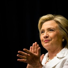 Clinton proposes tax credit to boost youth employment