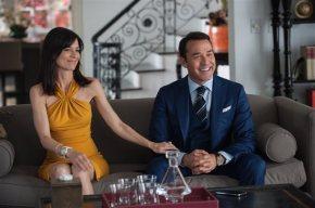 Review: 'Entourage' embraces, celebrates Hollywoodexcess