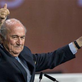 Blatter says he will resign as FIFApresident