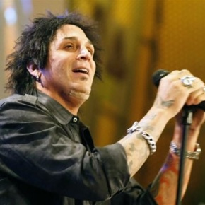 Journey drummer charged with domestic violence inOregon