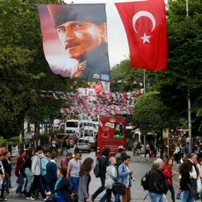 Question mark over Erdogan as Turk parties jockey for power