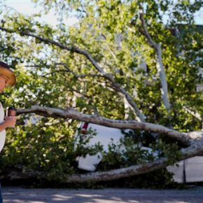 Storm cleanup begins in PA, NJ; nearly 400K withoutpower