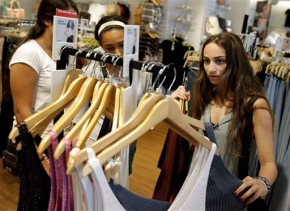Teens are shopping more like theirparents