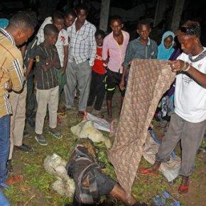 18 killed in 2 bomb attacks inSomalia