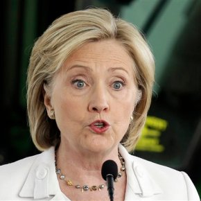 Legal experts see no criminal trouble for Clinton thus far