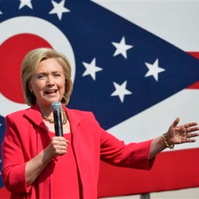Clinton likens GOP's views on women to those ofterrorists