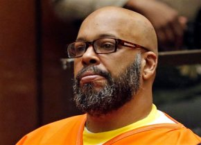 Judge delays hearings in Suge Knight robbery, murder cases
