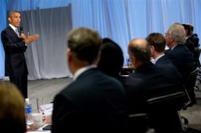 Obama using business CEOs meeting to apply budget pressure