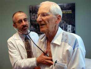 Retail clinics, apps change doctor-patientrelationship