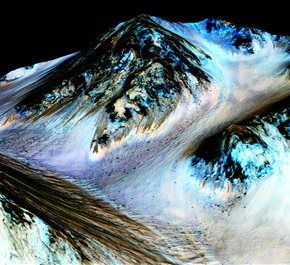 Life on Mars? NASA says planet appears to have flowing water