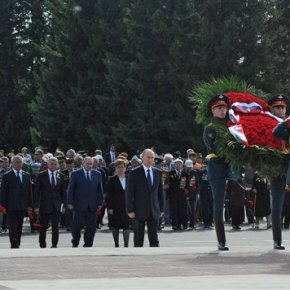 Russia's Putin commemorates victory over Japan inWWII