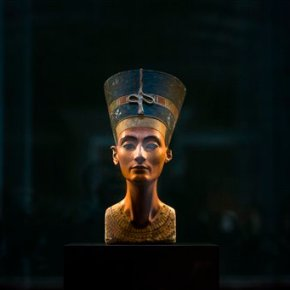 Official says Egypt approves radar for Nefertiti tombquest