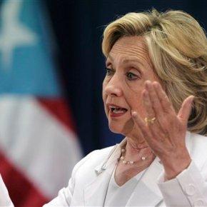 Clinton, Rubio court Puerto Rico voters as crisislooms