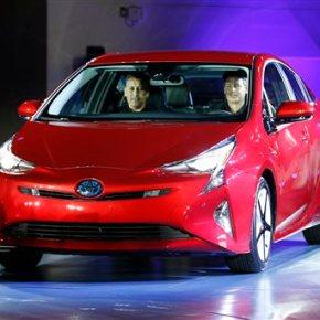 Fun not fuel-saving focus in Las Vegas debut of ToyotaPrius