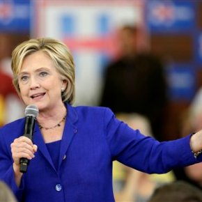 Clinton plan to reduce drug costs gets shrugs fromindustry