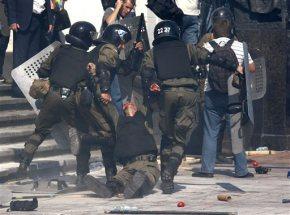 Ukraine's parliament shows cracks over devolvingpowers
