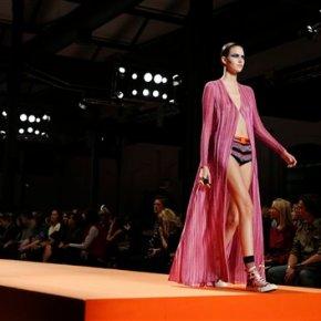 Fashion crowd applauds US open winner Pennetta atFerragamo