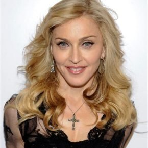 In Philadelphia, Madonna gives 'Popey-wopey' herblessing