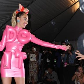 MTV Video Music Awards criticized for glorifyingmarijuana