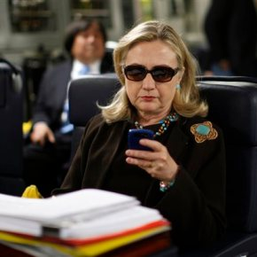 Clinton email server setup risked intrusions