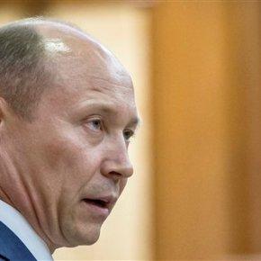 Moldovan Parliament dismisses govt, bringinginstability