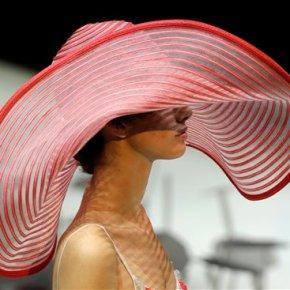 Sophia Loren graces Armani front row at Milan FashionWeek