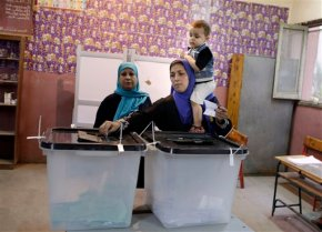 Voters' apathy influences Egypt's legislative election
