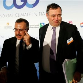 Oil companies pledge support for Paris climatedeal