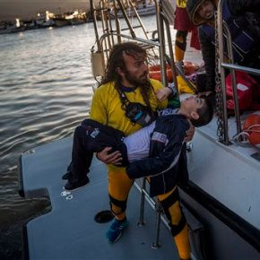 Coast guard rescues 242 after boat capsizes near Lesbos