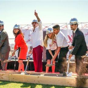 Rapper Pitbull lends celebrity to charter school nearVegas