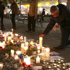 The Latest: US Senate condemns Paris attacks
