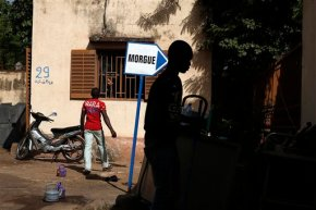 Radical group identifies gunmen behind Mali hotelattack
