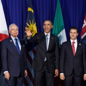 Courting business, Obama presses for climate action in Asia