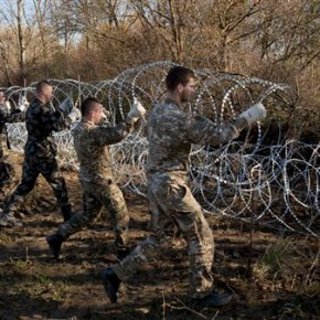 EU free travel in danger as borders tighten, fences go up