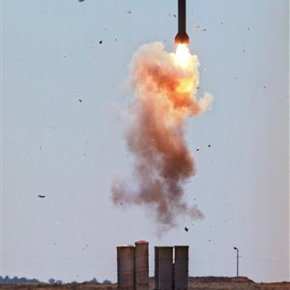 Russia finalizes air defense missile contract withIran