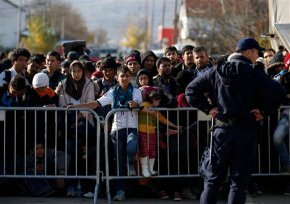 Anti-migrant mood deepens in Central Europe afterParis