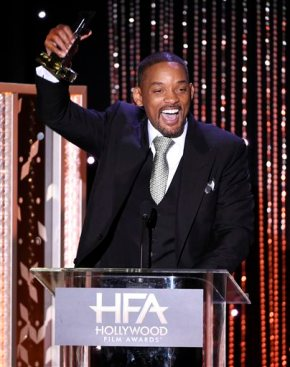 Will Smith quells 'Concussion' controversy at FilmAwards
