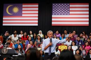 Obama to visit Asia refugee center amid raging debate in US