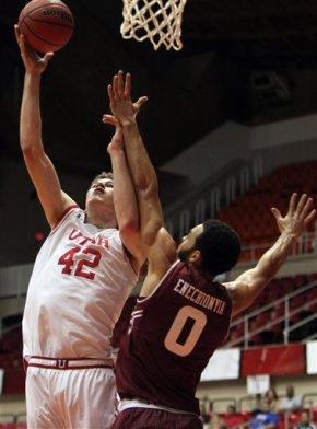 No. 16 Utah tops Temple 74-68 in for 3rd in PuertoRico