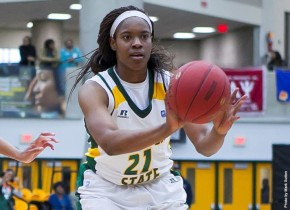 Despite Roberts' Double-Double, NSU Falls 75-67 at Loyola