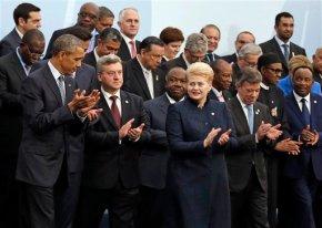 Leaders of warming Earth meet in Paris to cutemissions