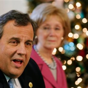 Chris Christie is doing well in NH. Will that be enough?