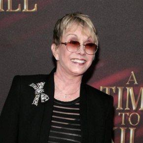 Sandy Duncan, an ex-Peter Pan, to join Pan show onBroadway